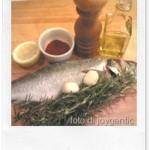 Branzino alla ligure con olive taggiasche e pomodorini