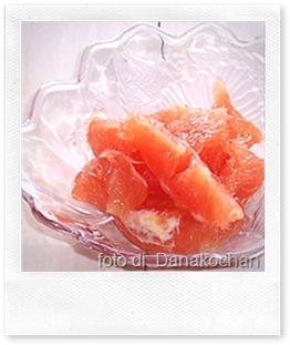 Ricette estive: insalata di pompelmo rosa e gamberetti