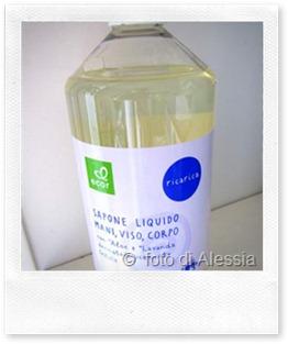 Sapone vegetale + olio per un bagno idratante