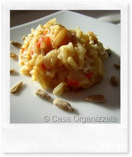 Ricette veloci: riso integrale stufato con peperoni e pinoli