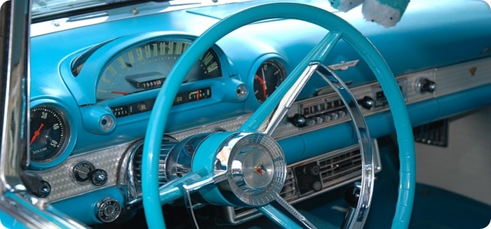 classic-car-76401_640.jpg