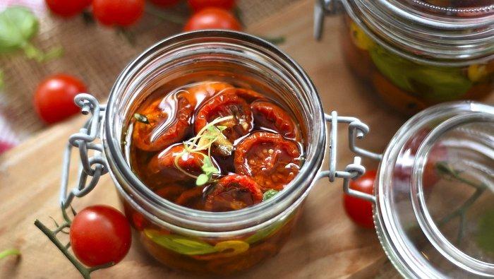 Ricetta facile pomodori secchi sott'olio